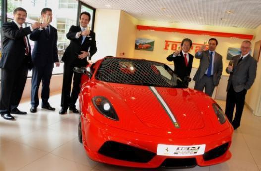 """香港的法拉利""""之父""""!卖出过1千多台,连郭富城买车也找他"""