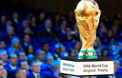 卡塔尔世界杯不扩军引热议!詹俊:唉,那时候再说吧!专家:凉了