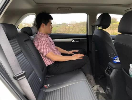 这款SUV要火了,8万就能买2.0L发动机,而且还是合资品牌