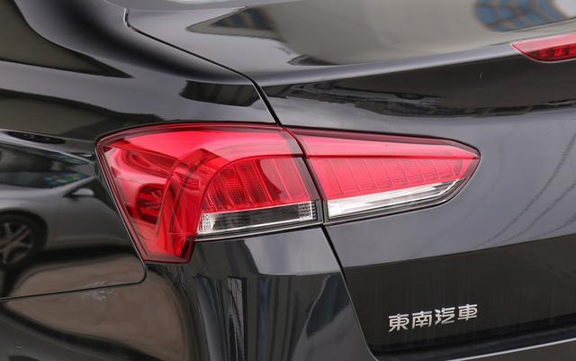 三菱发动机+进口变速箱,配前后独悬起步卖5万,可惜识货的不多