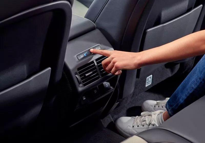 又一高颜值SUV出新款,配置更丰富更有科技感,真男人的最爱?