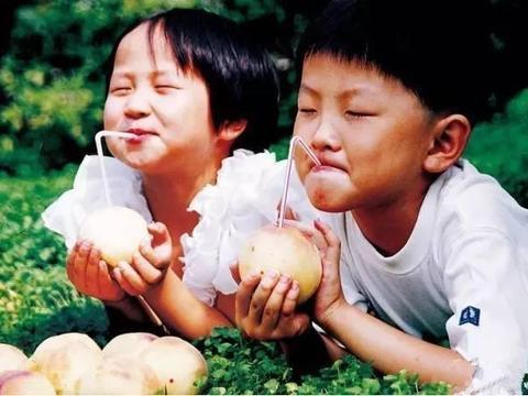 """这4种水果要用""""吸管"""",椰子意料之中,能想出来第五种的我服了"""