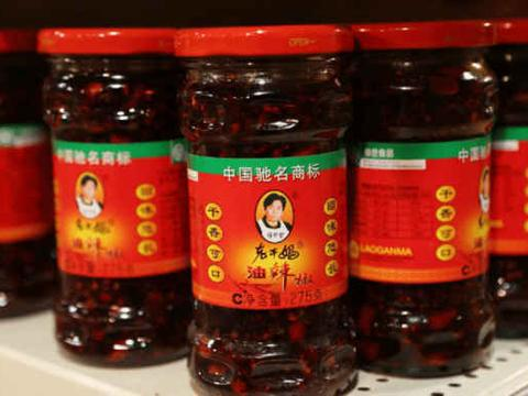 """中国""""新一代""""4大名酱,老干妈已被淘汰,此酱曾获得巴拿马金奖"""