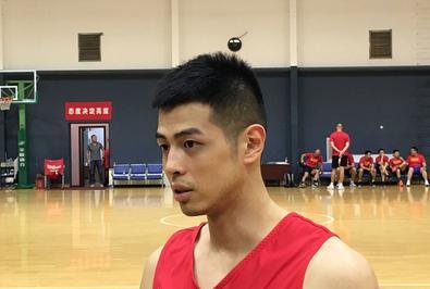 篮协称雅尼斯将加入男篮教练组,方硕表态:希望进入12人大名单!