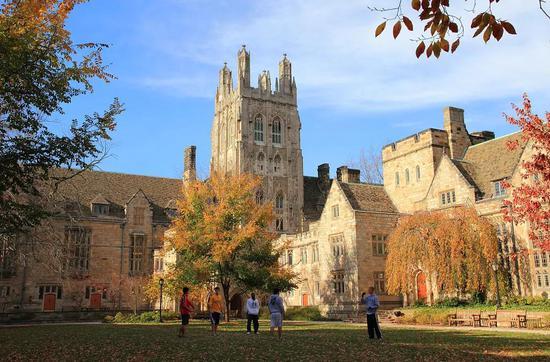 耶鲁大学校长发公开信:一如既往欢迎国际学生学者