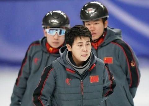 奥运冠军17岁开始被教练侵犯,奥运会前夕也未能避免,现起诉教练