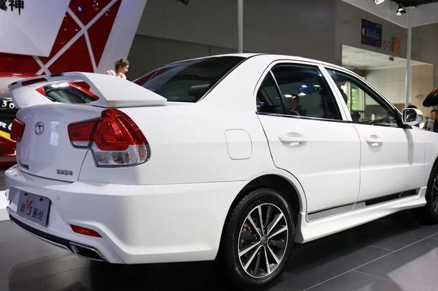 罕见国产好车,十年前就配前后独悬,发动机省油耐用,仅5万多!