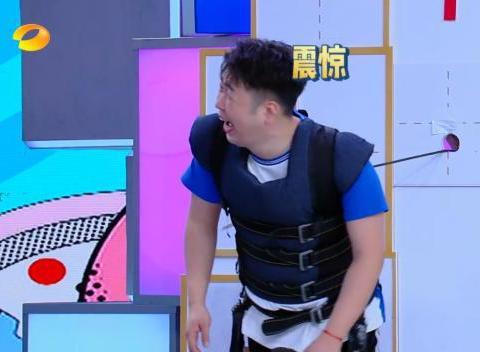 《快乐大本营》杨幂下意识说杜海涛是猪!何炅一个成语给圆回来了