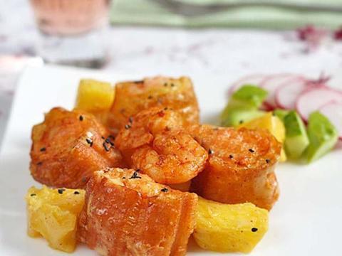 美食推荐:菠萝油条虾,炒鸭腿肉,酥脆炸鸡,小鸡炖滑子菇!