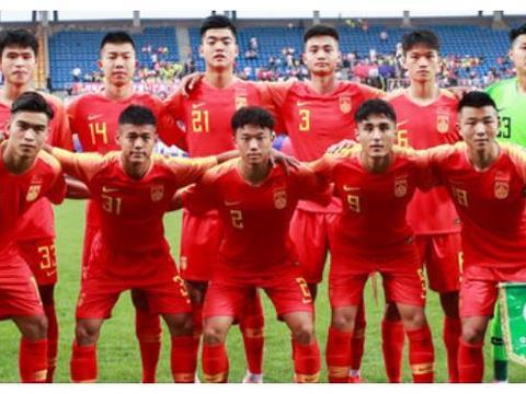 熊猫杯国青0比2新西兰遭开门黑,后卫两送点球,下场对泰国