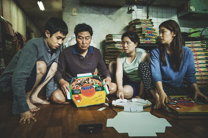 奉俊昊摘下韩国首座金棕榈,中韩一本两拍助推国产类型片