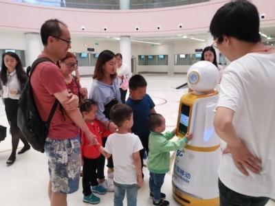 华西二院启动5G智慧医疗 新妈妈可通过VR探视NICU的宝宝