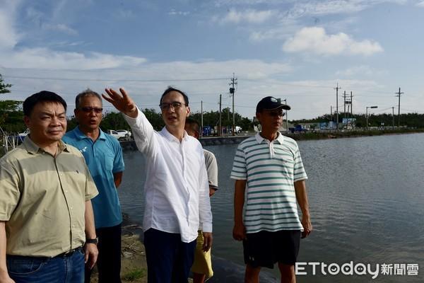 郭台铭当选要捐薪水 朱立伦:欢迎为台湾服务