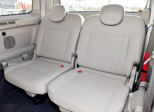 最便宜日系MPV,车长4.4米,7座设计配侧滑门,却少有人买!