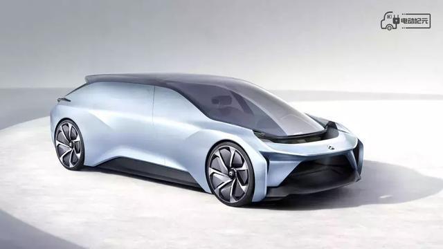 买电动车,到底选新势力还是老品牌?