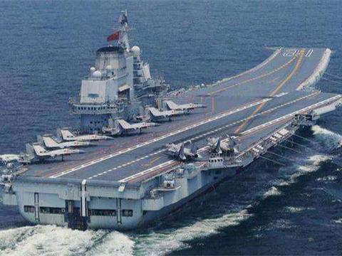辽宁舰甲板能装24架战机,002航母能载多少?数据非常喜人