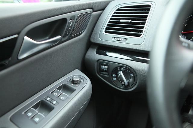 起售价22万元左右 豪华MPV夏朗将于明年国产上市