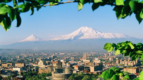 风向标   亚美尼亚与中国签订互免签证协定