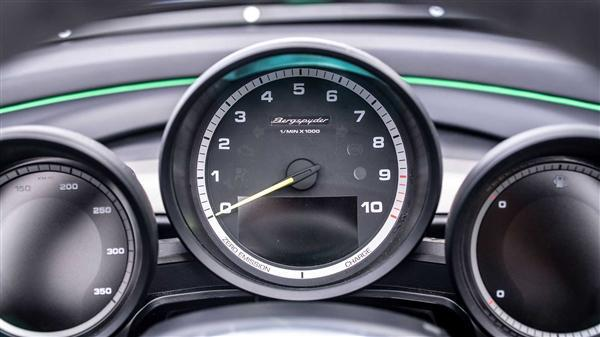 四秒破百只能被展览,保时捷新推981 Bergspyder车型:仅此一台