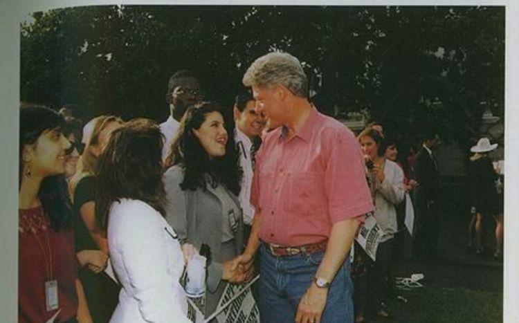 历任总统的私生活,也往往曝光在群众的视野中,其中不乏桃色花边的绯闻