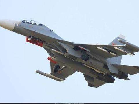 俄制战机与国产导弹的完美融合!苏-30MK2挂载两型霹雳空空导弹