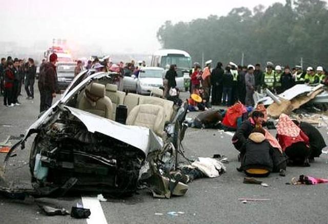 交警提醒:端午假期高速出行,严禁疲劳驾驶!别毁了自己的家庭