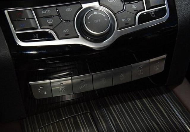 新款哈弗H9稳了!造型更硬派,配前后差速锁,还是国六排放