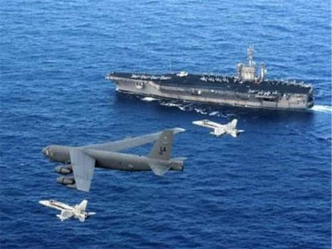 美航母逼近伊朗,德黑兰从洞库中拉出大批导弹,8万士兵奔赴前线