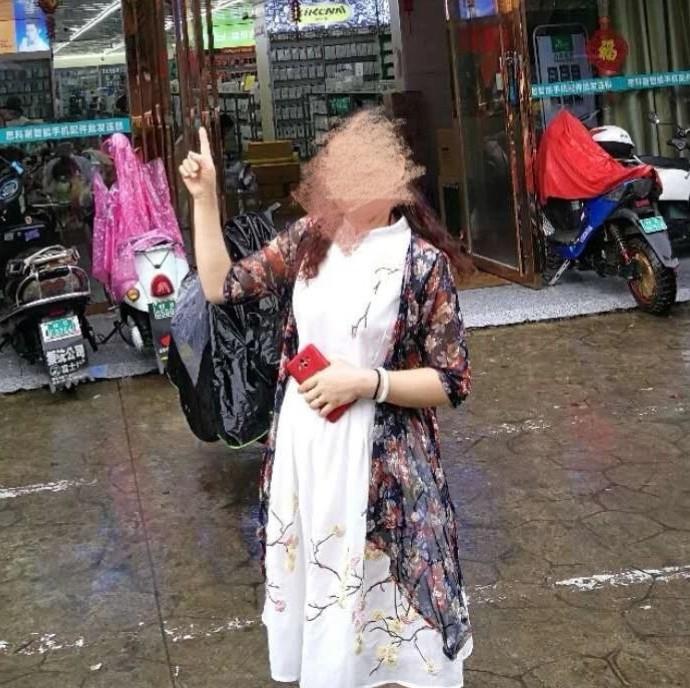 广西48岁女子与人争执被气得流产,医生给她开了止泻药?民警一问不简单...