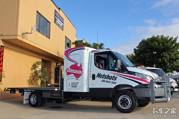 看看澳大利亚的加宽大卧铺轻卡,这才是卡车司机想要的车