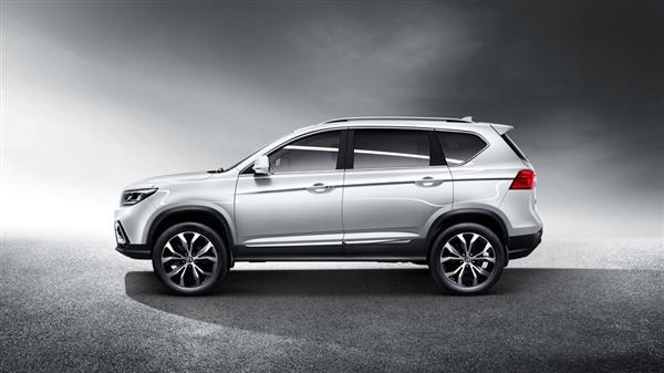 定位紧凑型SUV 东风风行全新景逸X5L正式上市售价11.68-12.98万