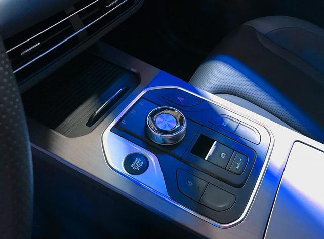 比荣威RX5更出色!风光580 Pro到底强在哪里?