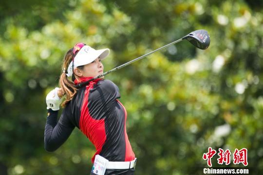 中国台北业余球员侯羽蔷爆冷夺张家港女子高尔夫挑战赛冠军