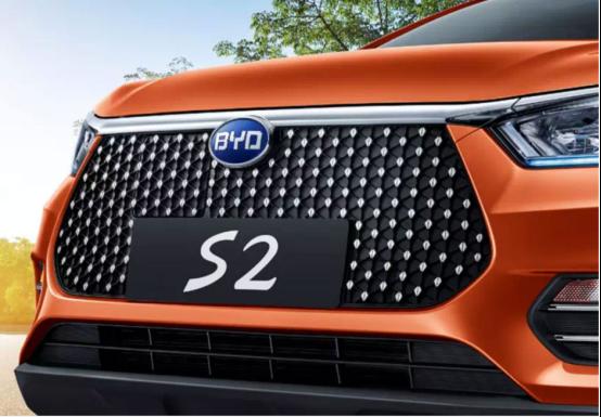 同门之争,比亚迪S2对比比亚迪元EV360,该如何选?