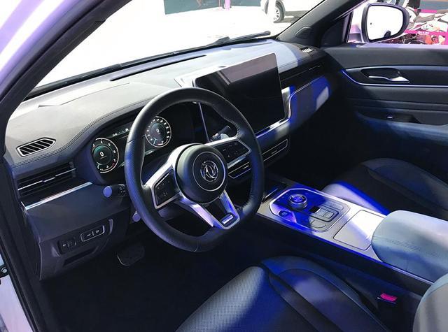 中控屏幕比荣威RX5更大!风光580 Pro值得购买吗?