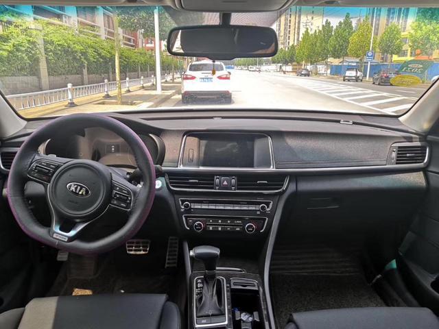 17年配置高到爆的起亚K5,为什么车商只出9万收?