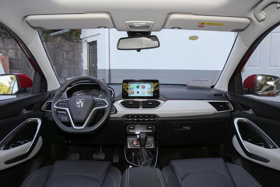 10万预算也能买七座SUV,节假日出游不怕超载!