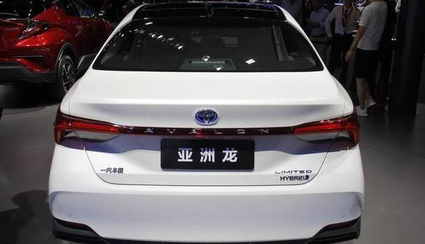 亚洲龙上市,入门版买不到,双擎豪华版也是性价比之选
