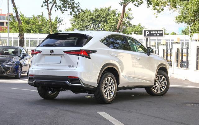 不到30万的进口SUV,三套动力可选,品控一流,竟比BBA保值率高