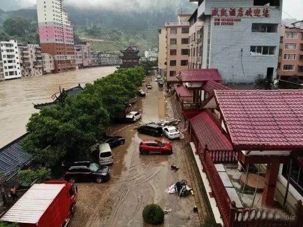 南方多地水灾告急,中国扶贫基金会紧急驰援