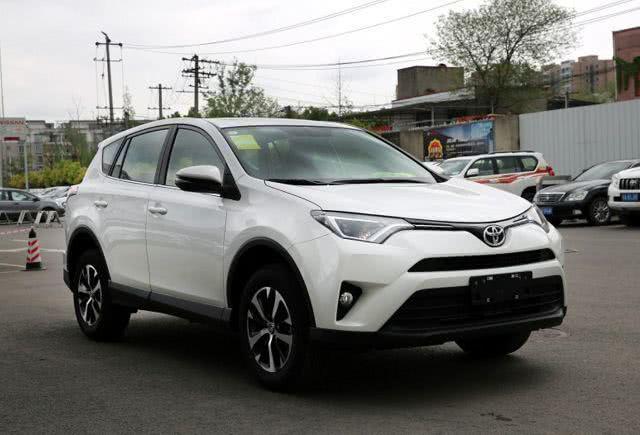 四款热门SUV,大众探岳越级对比日系三剑客,究竟谁更值得买?