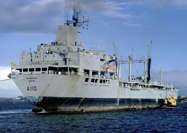 """""""盟友""""签23亿美元大单,对印出售四艘军舰,无视巴基斯坦阻止"""