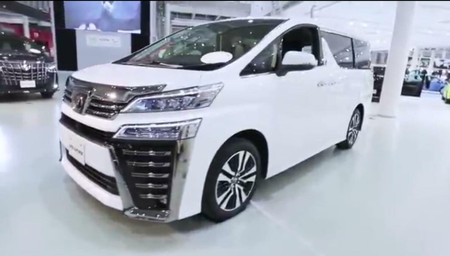 丰田威尔法到店实拍 大经销店才有2辆配额 提现车需等2月
