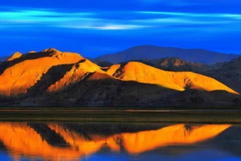 神奇的班公湖,一半咸水一半淡水,一国欢喜一国忧