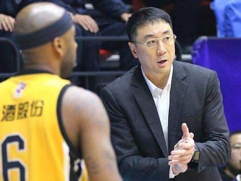中国男篮青训落后菲律宾?山西主教练发话,网友表示不能接受