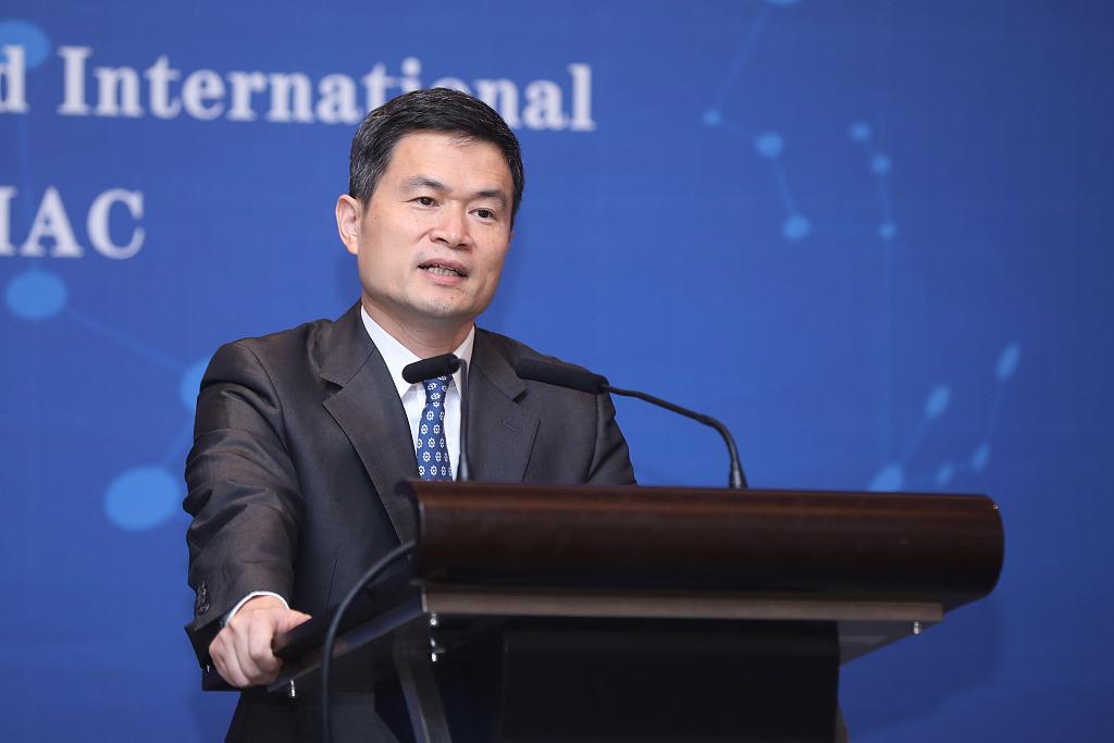 方星海:以上海国际金融中心建设为起点推进金融开放