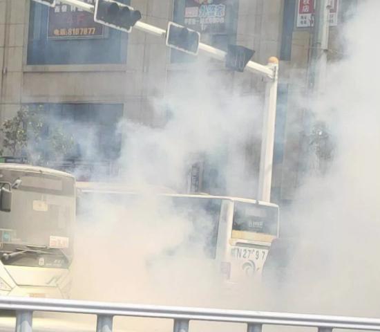 安徽舒城一电动公交电池引起自燃:同批21辆下线停运