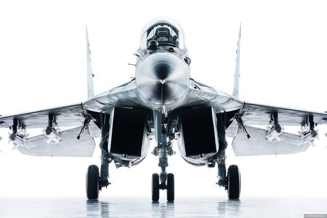 米格集团为了向印度推销米格-35战斗机,将比原价低20%