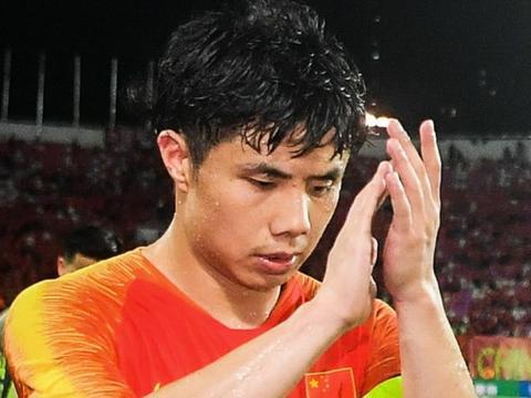 媒体戏多,国足热身赛外京媒粤媒针锋相对,因场上7名国安队员