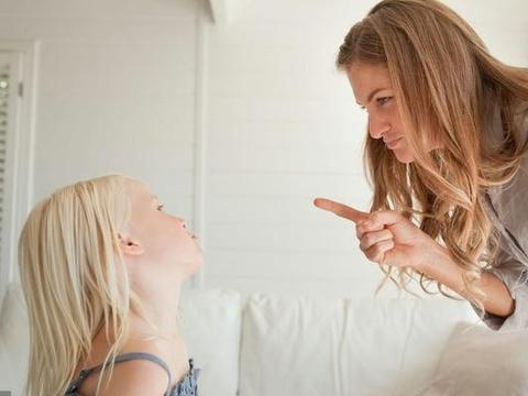 """要让孩子不哭闹,这3种吼叫要戒除,睿智父母学会""""零吼叫教养"""""""